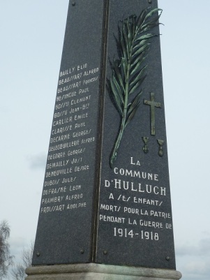 Monument aux morts Hulluch (62)