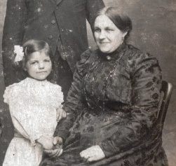 Henriette DUBAR 1914 -18 La Gorgue (59)